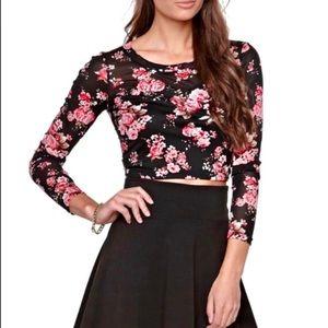 LA Hearts / Pacsun   Black Floral Crop Top Size M